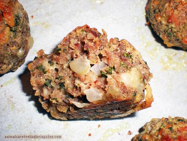 inside-of-meatball